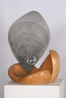 FECONDITE N°2     -pin -métal-verre                     hauteur: 56 cm